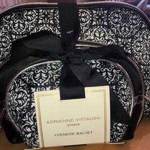 Adrienne vittadini cosmetic bag set